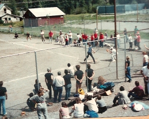 """Paris, TX"" versus ""Stranger Than Paradise"" softball game, Telluride Film Fest, John Lurie at bat."